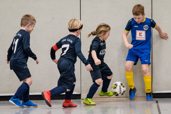 Engagierte Duelle sah man in allen Spielen der G-Jugendkicker. | Foto: Verein