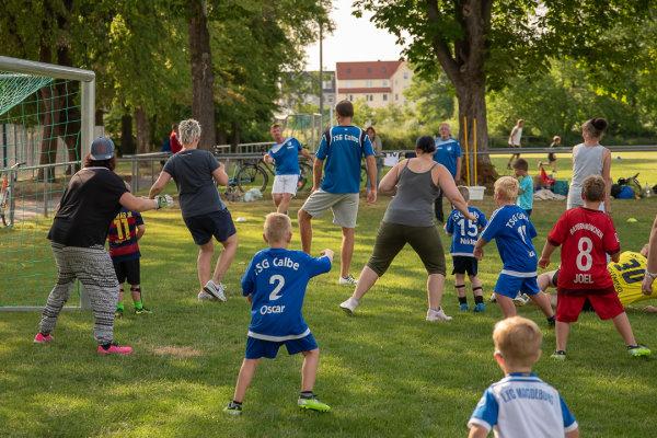 Viel Spaß beim Duell Eltern gegen Kinder.   Foto: Verein