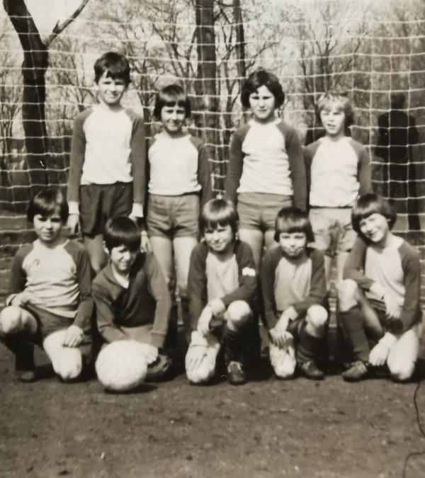 Die Calbenser D-Jugendmannschaft der TSG Calbe aus dem Jahr 1978.   Foto: Verein
