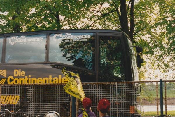 Hier fährt der Dortmunder Bus wieder Richtung Heimat ab.