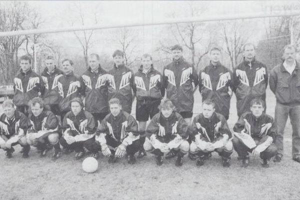 Überblcik über verschiedene Artikel aus der Calbenser Fußballhistorie über die erste Männermannschaft.