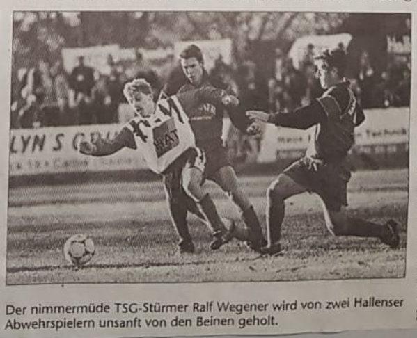 Volksstimme-Bericht zum Heimspiel der TSG Calbe gegen den Halleschen Fußballclub am 13. November 1999 (Teil 2).