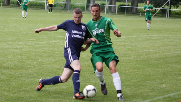 Zweite_FalkoHaltenhof_Saison 2012-2013_header (2)